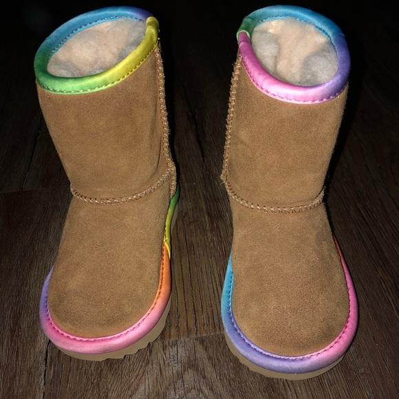 53dcbb695ea Ugg classic rainbow boots toddler girl size 7